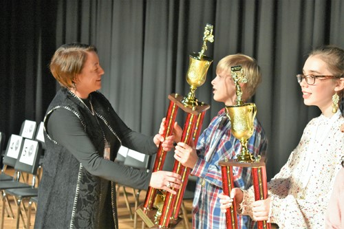 spelling bee trophies awarded